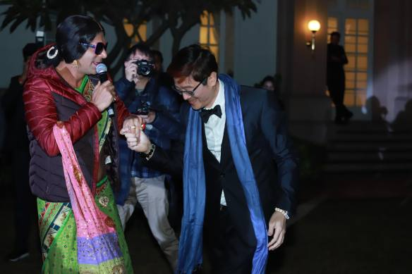 Dr Trust dances with Rinku Devi (Comedian Sunil Grover)
